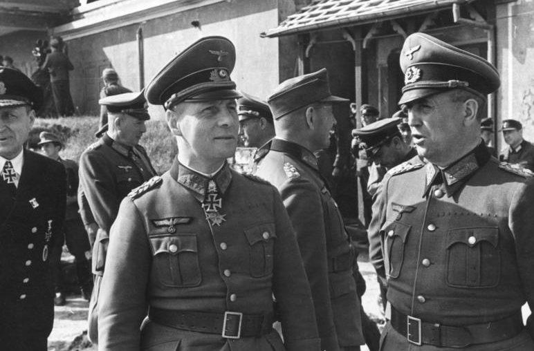 Вальтер Буле в ставке Гитлера. 1944 г.