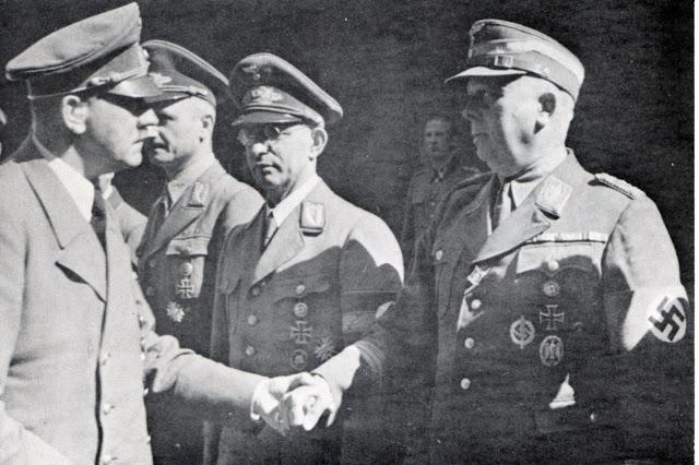 Вильгельм Шепман и Адольф Гитлер. 1934 г.