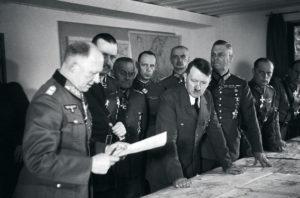 Франц Гальдер на совещании у Гитлера. 1940 г.