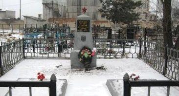 г. Осиповичи. Памятник на польском кладбище, установленный на братской могиле воинов, павших в годы войны.