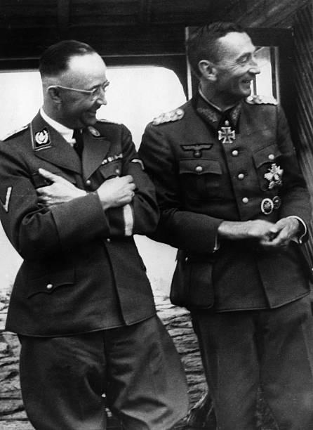 Эдуард Дитль и Генрих Гиммлер. 1944 г.