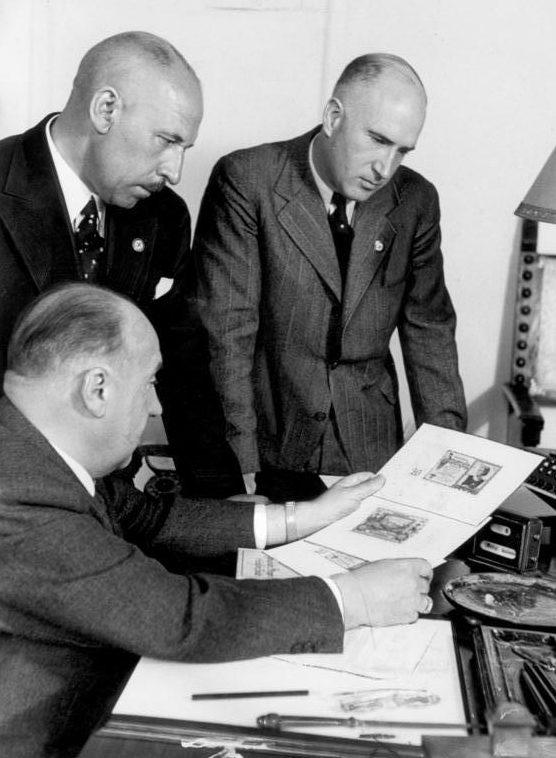 Вальтер Функ на совещании. 1940 гг.
