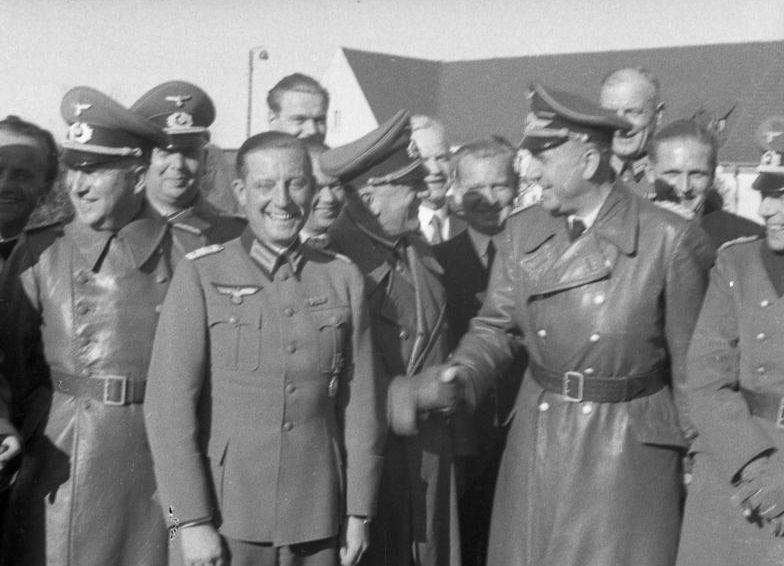 Фриц Тодт на военном Пенемюнде для испытания ракет. 1941 г.