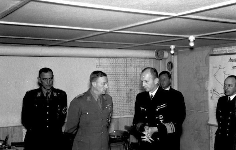 Карл Дёниц и Виктор Лютце. 1941 г.