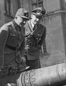 Константин Хирль и Ганс Франк. 1941 г.