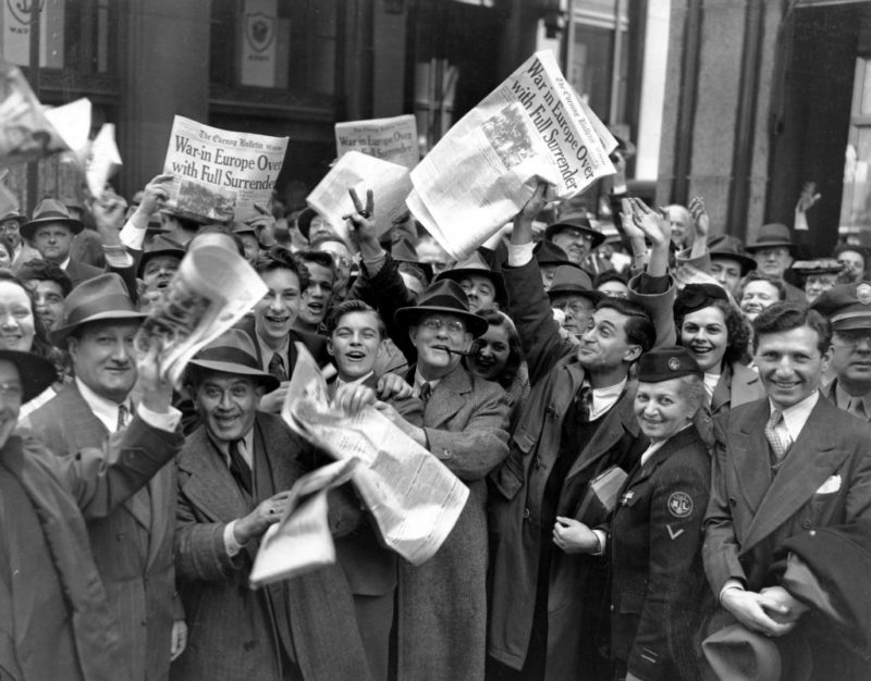 День Победы в Лондоне. 8 мая 1945 г.