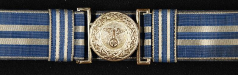 Парчовый парадный ремень и золотистая пряжка руководящего состава DLV образца 1934 г.