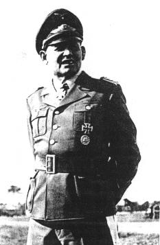 Бернхард Рамке. Генерал воздушно-десантных войск.