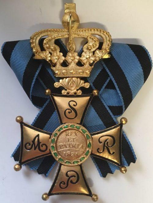 Реверс Большого креста ордена Виртути Милитари.