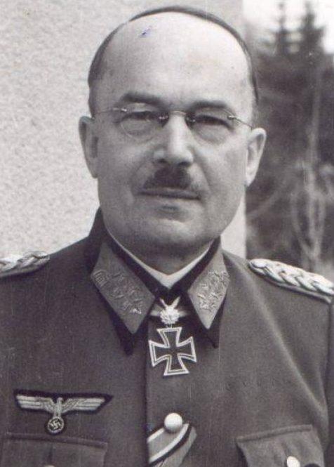 Лотар Рендулич. Генерал-полковник.