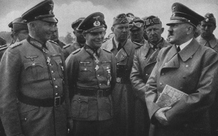 Ганс Клюге, Адольф Гитлер и Эрвин Роммель. 1940 г.
