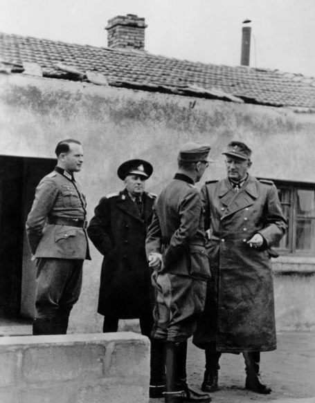 Эрвин Йенеке. Керчь. 1943 г.