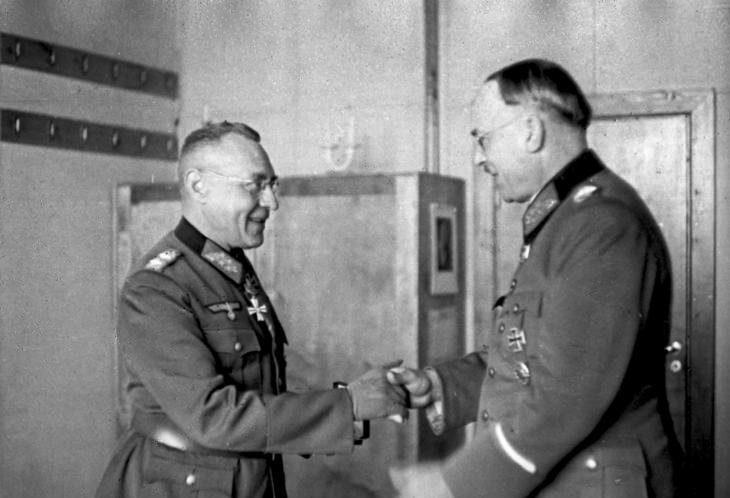 Лотар Рендулич и Карл Вайзенбергер. 1944 г.