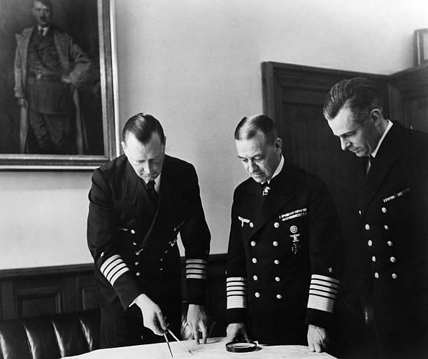 Эрих Редер и Эрих Шульте Moнтинг. 1940 г.