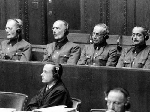Лотар Рендулич на Нюрнбергском процессе. 1948 г.