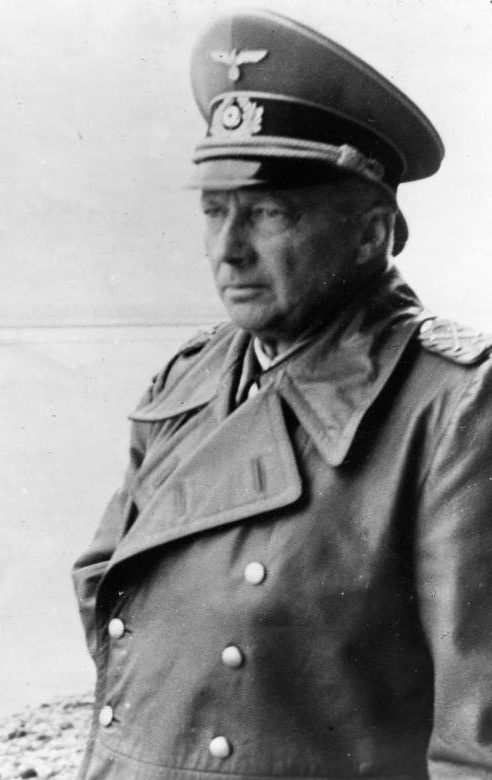 Ганс Клюге. 1944 г.