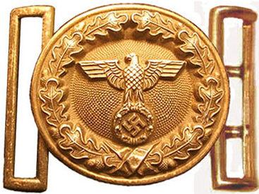 Золотистая парадная пряжка офицера егеря-лесничего.