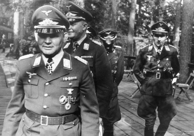Бернхард Рамке, Ганс Кро и Курт Штудент. 1941 г.