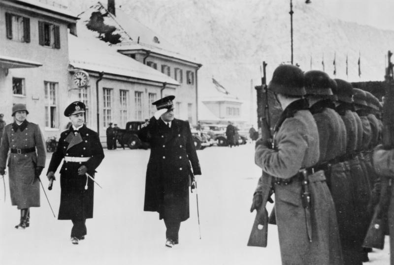 Эрих Редер и Артуро Риккарди. Гамиш-Партенкирхен. 1942 г.