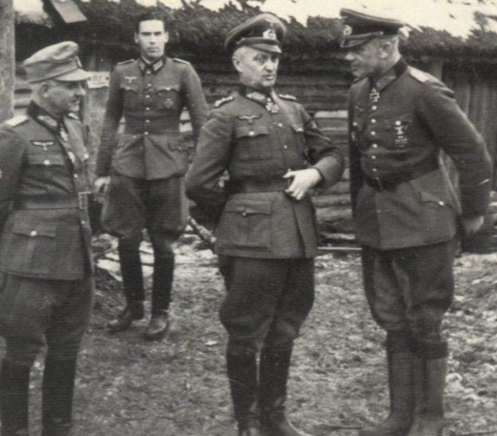 Вальтер Модель, Роберт Мартинек и Пауль Волскер. 1942 г.