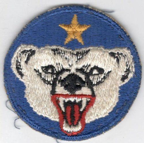 Нарукавная нашивка сотрудников штаб-квартиры войск на Аляске.