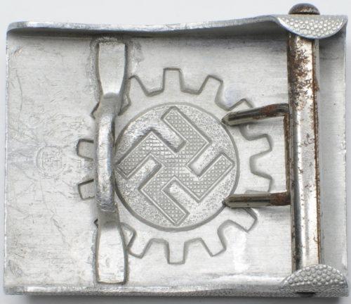 Алюминиевая пряжка DAF.