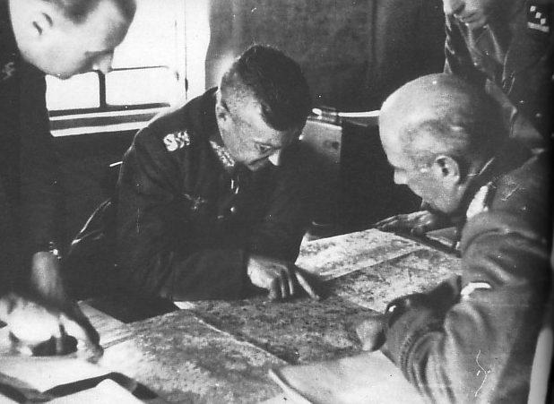 Вальтер Модель, Болдер Келлер и Вильгельм Биттрич. 1942 г.