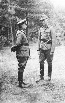 Вальтер Модель и Густав Хартенек. 1942 г.