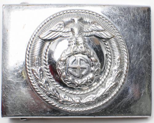 Никелированная пряжка штурмовых отрядов СА 2-го типа с крестом Тулия.