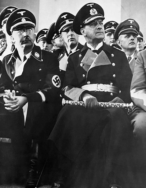Эрих Рёдер и Генрих Гиммлер. 1944 г.