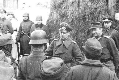 Вальтер Модель и Иоганн Генрих Экхардт. Восточный фронт. 1943 г.