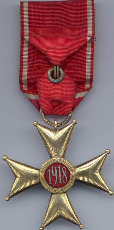 Реверс Офицерского Креста ордена Возрождения Польши.