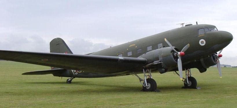 Военно-транспортный самолет «Дуглас» С-47.