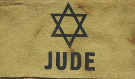 Нарукавные повязки евреев в Германии.