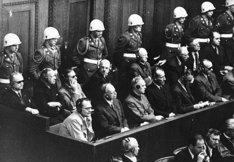 Альфред Йодль на Нюрнбергском процессе. 1946 г.