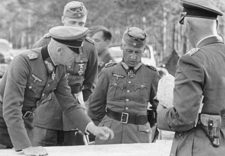 Вольфрам Рихтгофен, Федор фон Бок и Герман Гот. 1941 г.