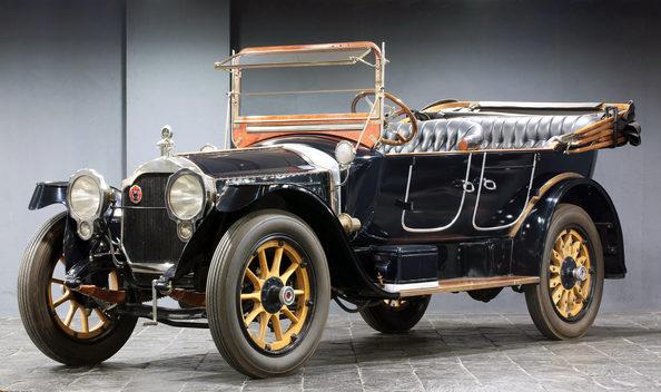 На таком «Rolls-Royce 40/50 Silver Ghost» тоже ездил Сталин.