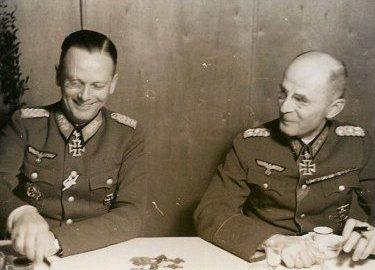 Георг Рейнгардт и Отто Хайдкемпер. 1943 г.