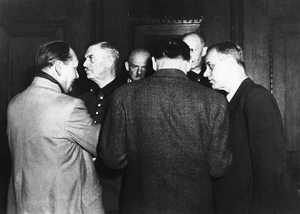 Альфред Йодль, Герман Герин, Вильгельм Кейтель и Дитрих Заукен на Нюрнбергском процессе. 1946 г.