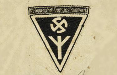 Нарукавная повязка женской лиги НСДАП.