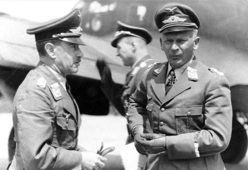 Вольфрам Рихтгофен и Александер Лор. 1942 г.