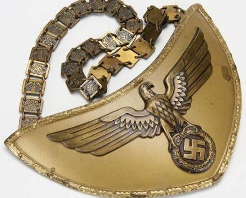 Горжет знаменоносцев NSDAP.