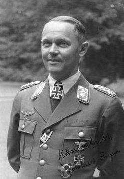 Йозеф Каммхубер. Генерал авиации.