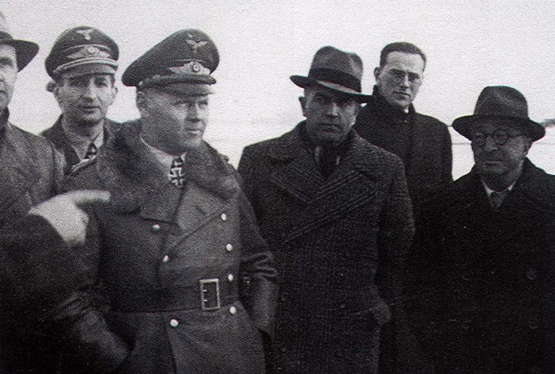 Йозеф Каммхубер и Эрнст Хенкель. 1942 г.