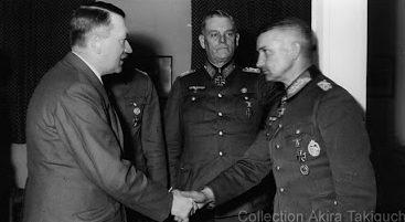 Вальтер Модель и Адольф Гитлер. 1944 г.