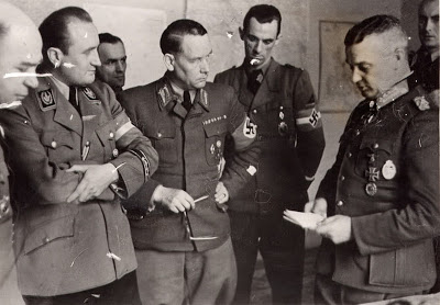 Модель Вальтер, Артур Аксман и Фридрих Карл Флориан. 1944 г.