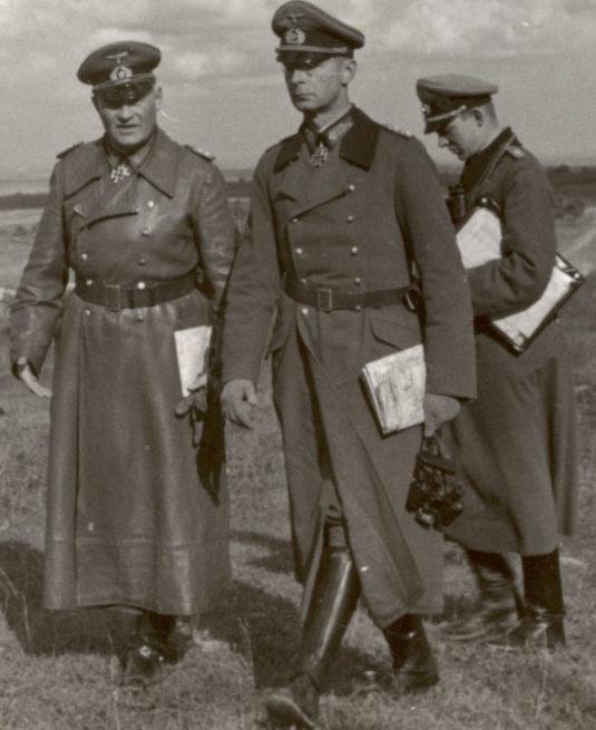 Георг Рейнгардт и Эрих Гёпнер на Восточном фронте. 1944 г.