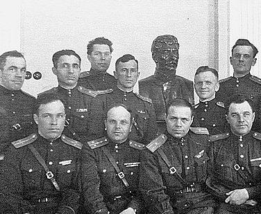 Одна из редчайших фотографий – офицеры из охраны Сталина.