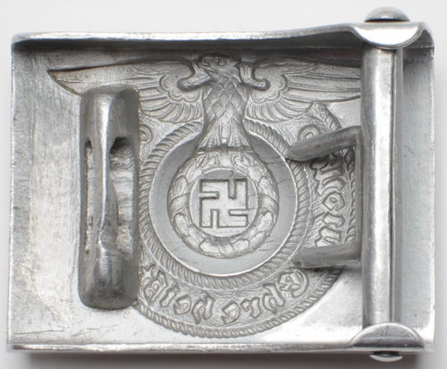Алюминиевая пряжка рядового и унтер-офицерского состава СС.