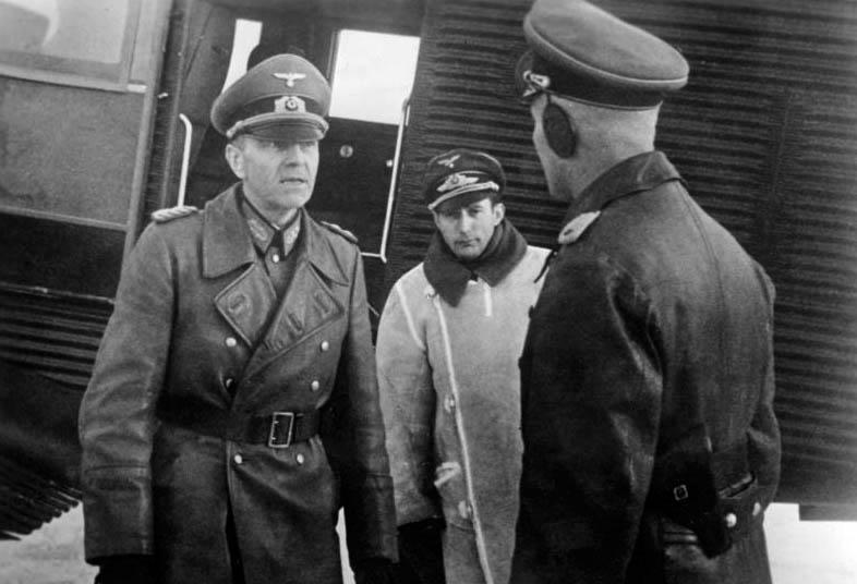 Фридрих Паулюс в Полтаве. 1941 г.